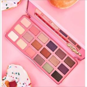 Face Candy SUGER Eyeshadow Palette New in Box
